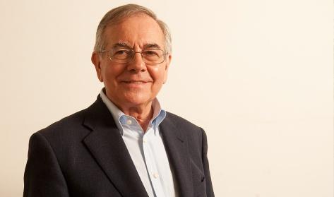 Sergio Niza_professor