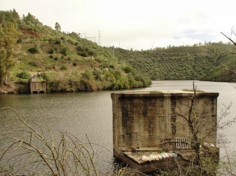 Cedillo 1 apoio da ponte - construção da barragem