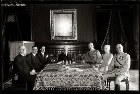28 de Maio Reunião do Governo (foto sem texto) a 7 de Junho 1926.